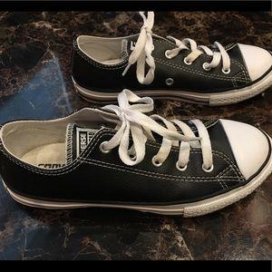Boys Converse Size 2